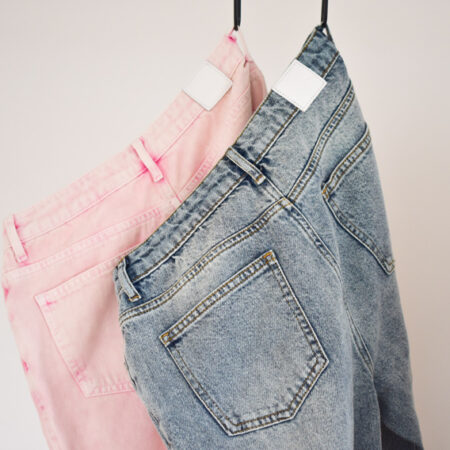 Denim pants loose fit i neonpink stonewashed