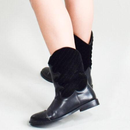 Trendy sorte flade støvler i westernstil til stilbevidste kvinder