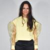 Pastelgul sweatshirt med pufærmer i organza